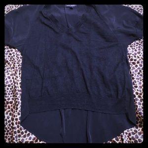 Banana Republic Pleat back blouse